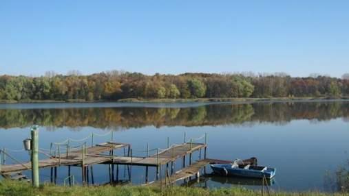 Земля навколо озера Наварія: чому елітну ділянку на Львівщині замість АТОвців отримали чиновники