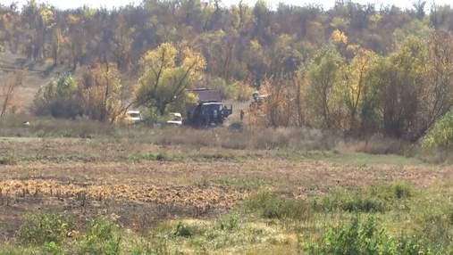 Село отрезано от цивилизации: как живут местные под российскими снарядами