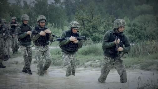 Які пекельні випробування долають солдати під час навчання: вражаючі фото та відео