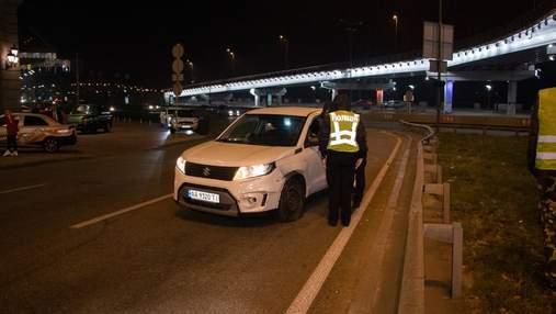 В Киеве водитель влетела в отбойник и устроила скандал: видео и фото