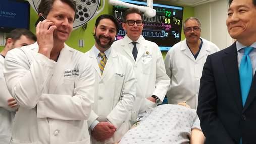Вперше в історії лікарі успішно пересадили пеніс з мошонкою