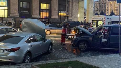 Підозрюваного у ДТП на Майдані доставили у суд на каталці: фото