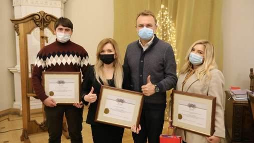 У Львові нагородили переможців конкурсу на найкраще оформлення вітрин до Різдва: фото