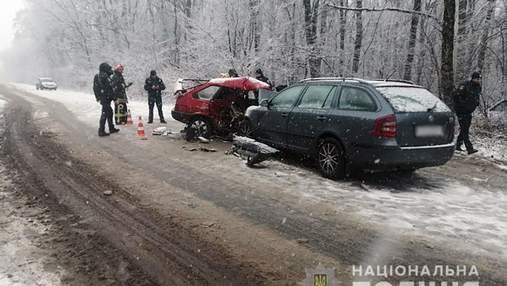 Страшное ДТП на Хмельнитчине: супруги погибли, ребенка госпитализировали