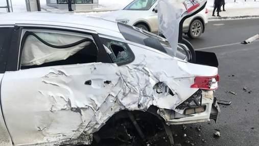Смертельное ДТП в Харькове: женщина погибла на островке безопасности – фото, видео