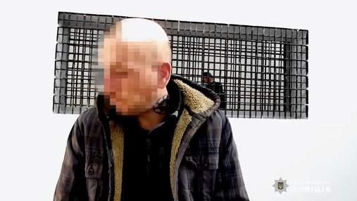 Убил 3 щенков, еще одного покалечил: в Киеве задержали живодера