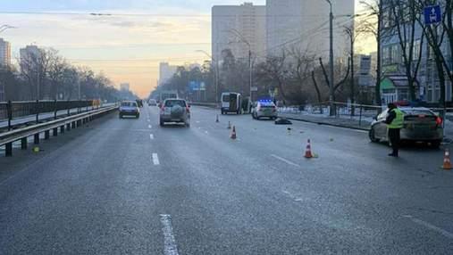 Переходила дорогу не там, где надо: детали смертельного ДТП в Киеве