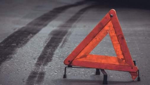 Тікали від поліції та зіткнулись з бензовозом: подробиці ДТП на Київщині