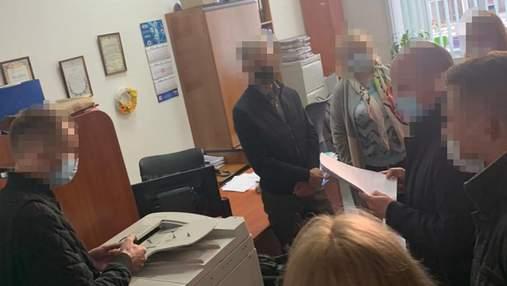З обшуком прийшли і в Департамент містобудування: у Києві продовжують викривати корупцію