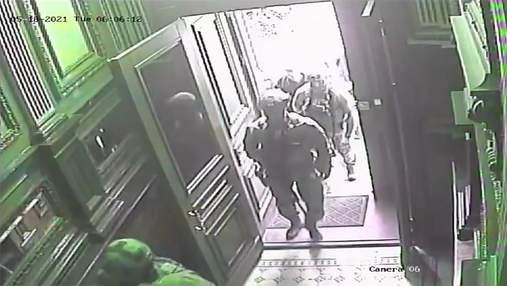 Обшуки в будинку Кличка: мер Києва опублікував відео