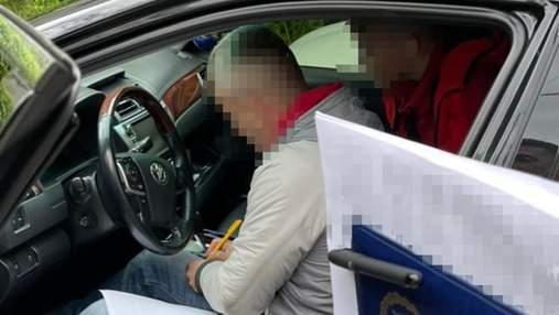 Вкрали землі на 20 мільйонів гривень: у Брюховичах затримали учасників злочинної схеми – фото