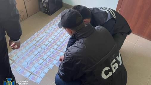 """Майже 1,5 мільйона гривень хабаря: СБУ затримала високопосадовця """"Нафтогазу"""" – фото і відео"""