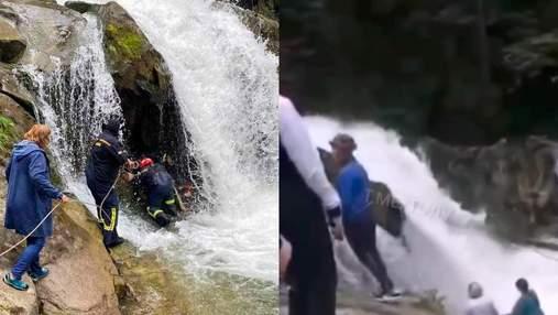 Смерть учня на водоспаді Кам'янка: у мережі опублікували відео з місця трагедії