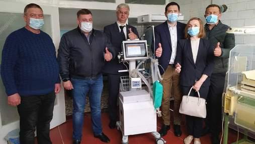 Допомога медикам в Україні: благодійний фонд #KustoHelp провів велику акцію