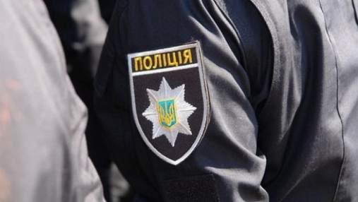 С многочисленными ранениями и почти без головы: на кладбище Киева очень жестоко убили бездомного