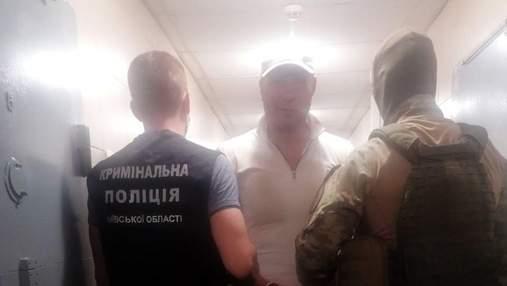 """Вдень тренував дітей, вночі вдавав месника: що відомо про ватажка київської банди """"Сенсея"""""""