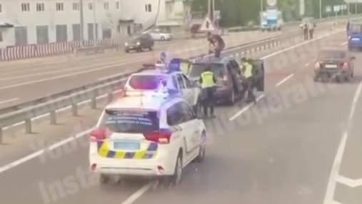 Сбил ребенка на переходе и помчался дальше: На Киевщине поймали водителя-беглеца