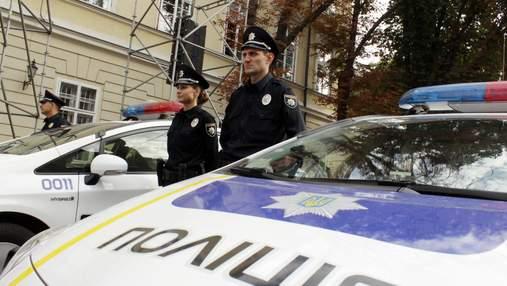 Львівські патрульні врятували дівчину з Одеси: її коханий погрожував себе вбити