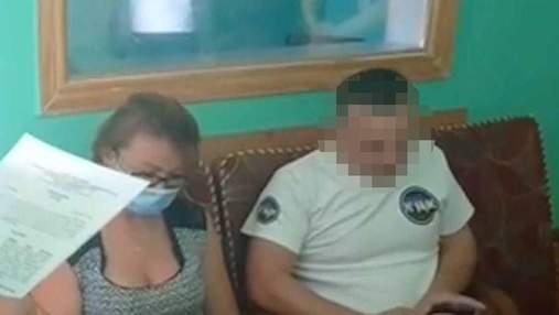 Показал копам половой орган: в Винницкой области задержали общественного активиста из Киева