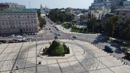 Дрифт на Софіївській площі: КМДА раніше відмовила Red Bull – документи