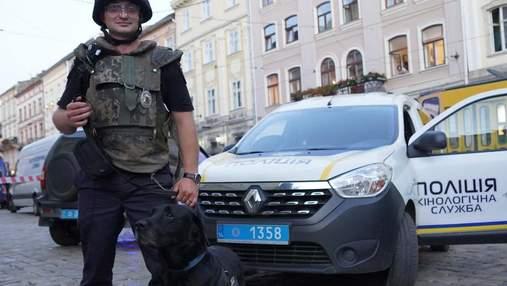Львівський кінолог під час спецнавчань врятував чоловіка – фото