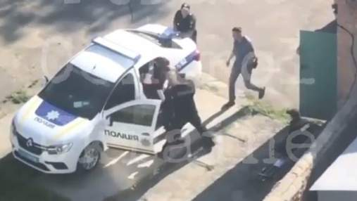 27-й день без Авакова: в Белой Церкви подрались полицейские – видео