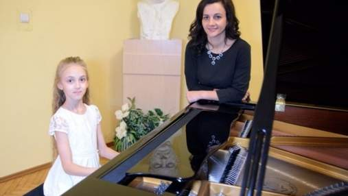 Талановита 10-річна піаністка зі Львова перемогла у Міжнародному конкурсі в Італії: відео