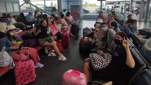 Літак Ryanair вилетів з Борисполя без дітей-пасажирів