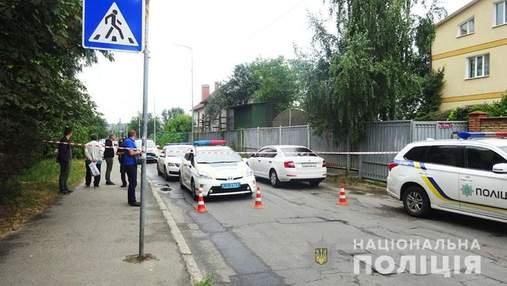 Двое мужчин расстреляли машину в Киеве: их задержали на Полтавщине