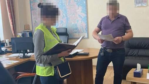 Из-за хищения бюджета: полиция снова обыскивает коммунальное предприятие КГГА