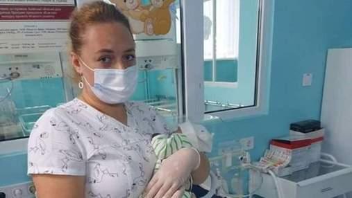 Мама відмовилась через вроджену ваду: немовля, яке рятували львівські лікарі, нарешті всиновлять