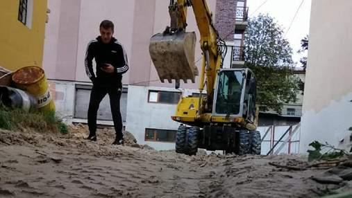 Попри мораторій: Мінкульт заявив про загрозу для чергової історичної будівлі Києва