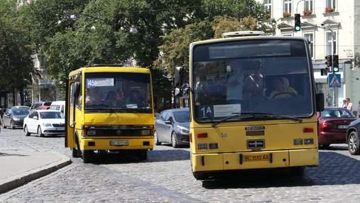 У Львові хочуть заборонити курсування приміських автобусів вулицями міста