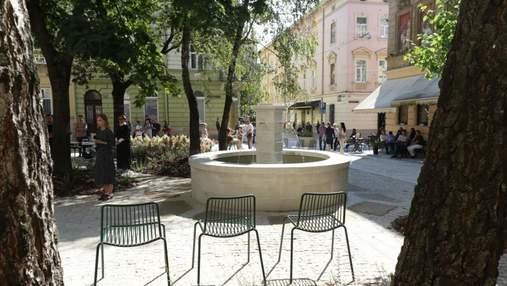 У Львові відкрили оновлену площу Коліївщини: надзвичайні фото