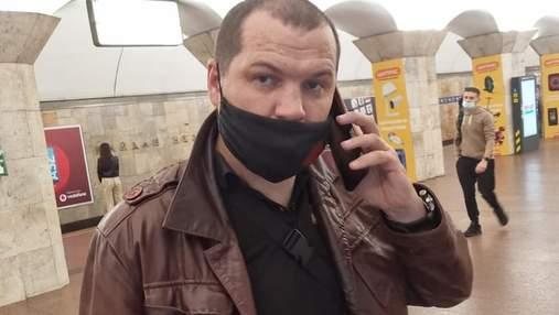 """Сотні свідків не реагували: у Києві на станції """"Майдан Незалежності"""" чоловік побив жінку"""