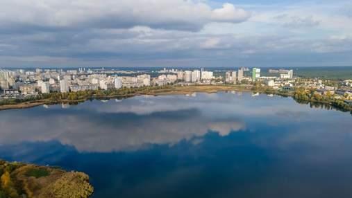 Жителі проти: Хомутиннік хоче побудувати ТРЦ біля озера в Києві