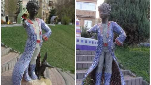 """В центре Киева вандалы разрушили скульптуру """"Маленький принц"""""""
