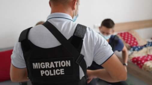Львовские правоохранители задержали шведа, который вербовал украинок для работы проститутками