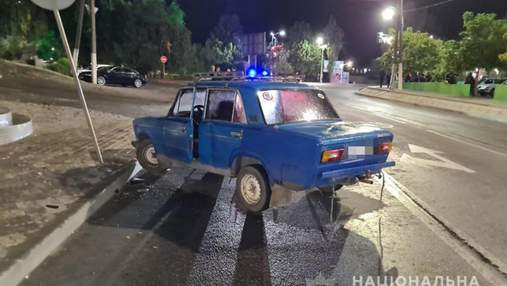 У Мелітополі над винуватцем ДТП намагалися вчинити самосуд: відео з місця події