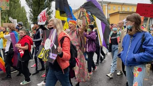 У Києві відбувся Марш Рівності: фото та відео з прайду