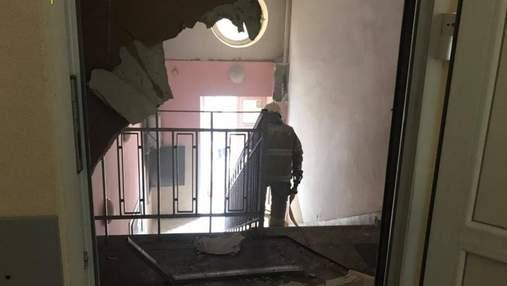 Во Львове случился пожар в поликлинике: людей эвакуировали