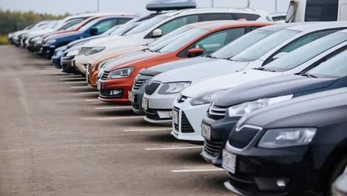 Водії обурені: у кількох районах Києва паркування буде платним