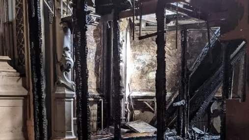 У КМДА жорстко звернулися до Міністерства культури через пожежу в костелі святого Миколая