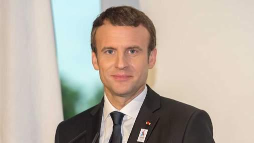 У Франції в мережу злили QR-код COVID-сертифіката Макрона