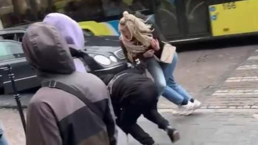 Львовские блогеры ради видео устроили похищение девушки