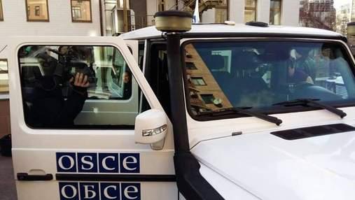 Выехала первая за 4 дня машина: оккупанты в Горловке прекратили блокирование миссии ОБСЕ, – СМИ