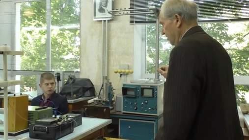 В Черниговском университете на учителя физики учится только один первокурсник