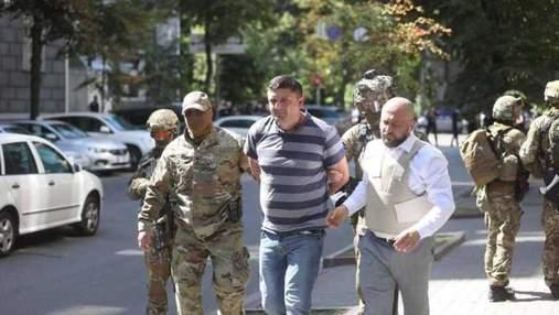 Дело против ветерана, который с гранатой пробовал захватить Кабмин, передали в суд