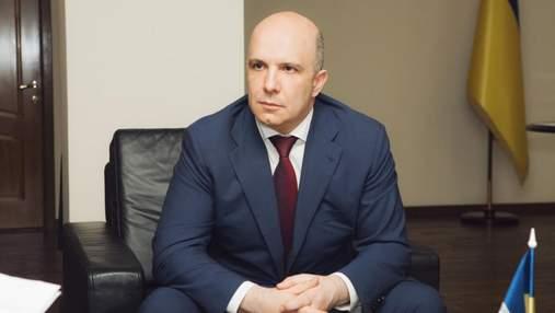 Подчинился СНБО, – министр Абрамовский объяснил, почему написал заявление об отставке