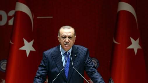 Эрдоган хочет выслать из Турции послов 10 государств